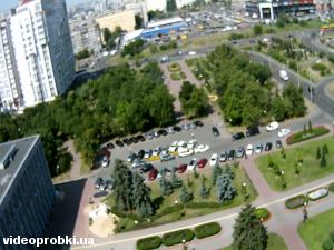 Minska station, Marshala Tymoshenka street