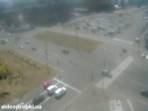 метро Оболонь, Оболонський проспект
